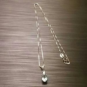 Jewelry - Aquamarine Silver necklace